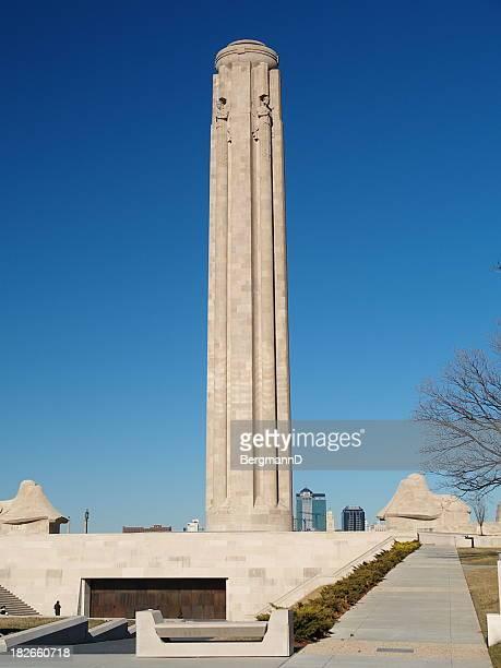 liberty memorial - kansas city missouri fotografías e imágenes de stock