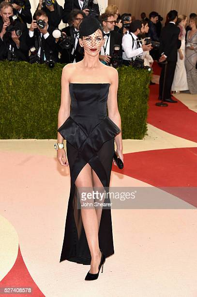 Liberty Ross attends the 'Manus x Machina Fashion In An Age Of Technology' Costume Institute Gala at Metropolitan Museum of Art on May 2 2016 in New...