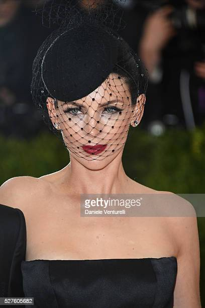 Liberty Ross attends the 'Manus x Machina Fashion In An Age Of Technology' Costume Institute Gala at the Metropolitan Museum on May 02 2016 in New...