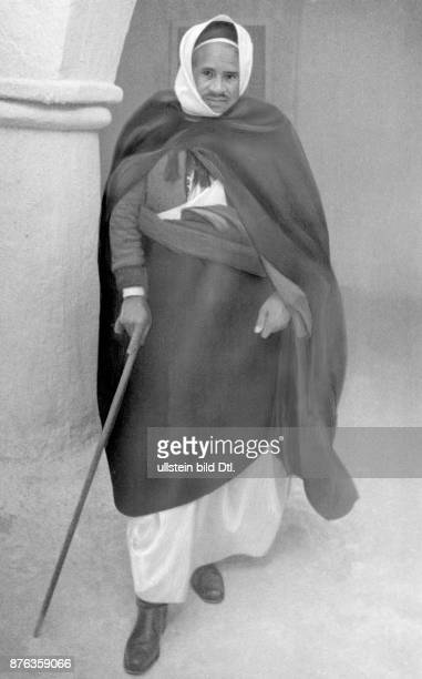 Libia the Kaimakan of Socna a Berber who supported the fight of the Italian army against the rebels of Sef en Nasser becauses the rebels had...