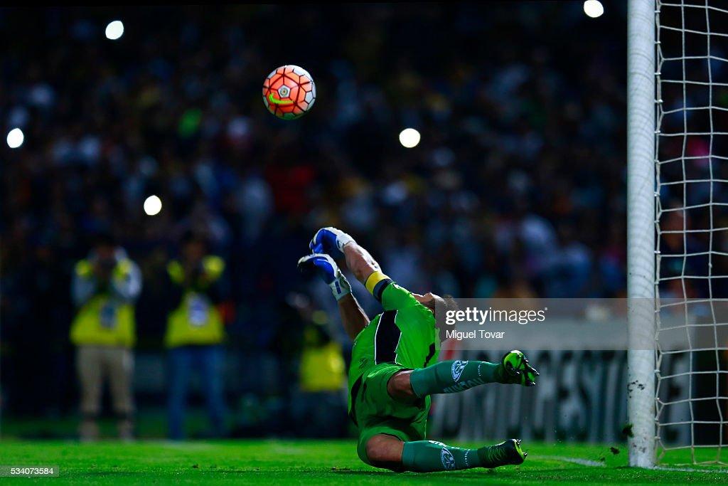 Pumas UNAM v Independiente del Valle - Copa Bridgestone Libertadores 2016 : News Photo