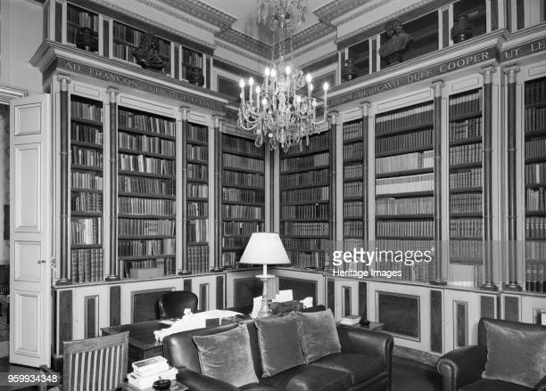 Library British Embassy 39 Rue de Fauborg Saint Honore Paris France 1964 Photographed for the Ministry of Public Building and Works Artist Unknown
