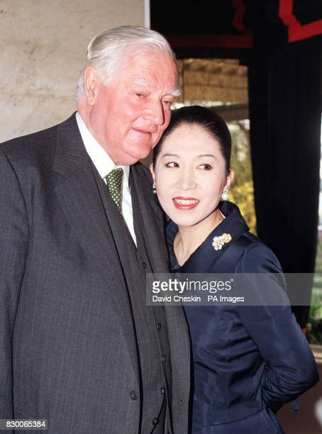 Library picture dated 24/9/97 of Viscount Rothermere and his second wife Maiko The death of Viscount Rothermere proprietor of the Daily Mail Mail on...