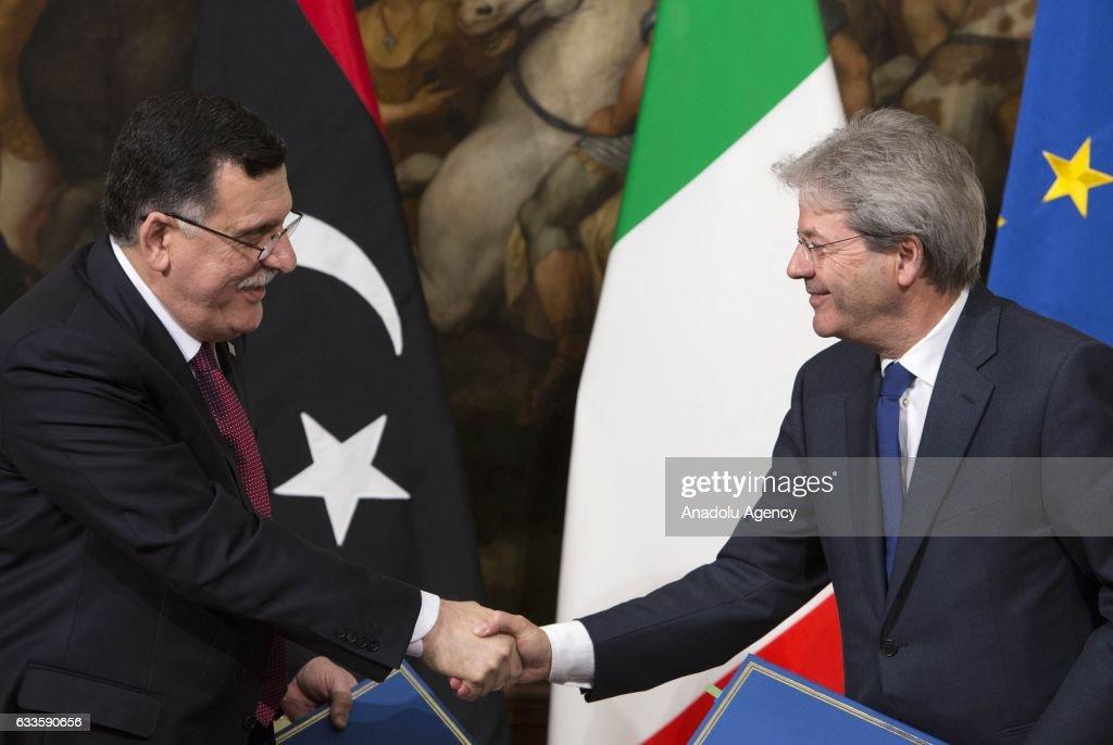 Fayez al-Sarraj - Paolo Gentiloni : News Photo