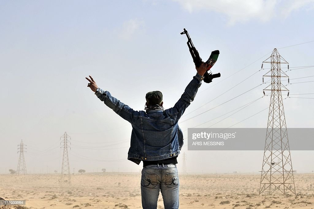 A Libyan rebel gestures on March 24, 201 : News Photo