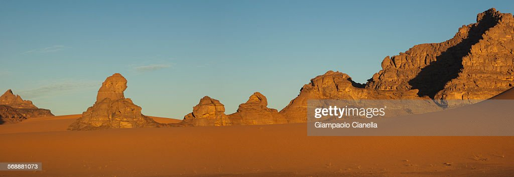 Libyan sahara desert : Stock Photo