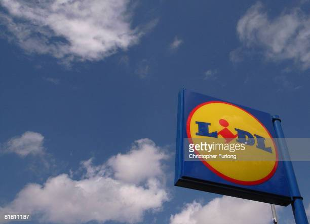 Lidl discount supermarket on 3 July 2008 in Northwich England Whilst most of the UK's leading supermarkets and grocery stores are battling hard for...