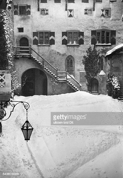 Liechtenstein Vaduz court of the castle 1931photo Georg Gidal