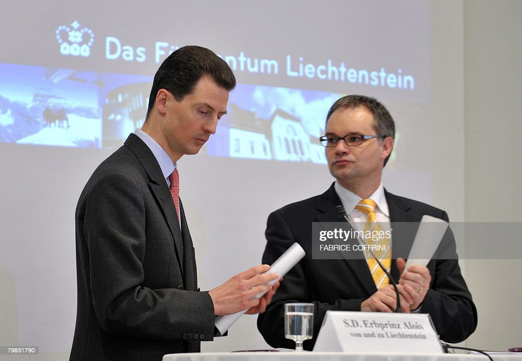 Liechtenstein's Crown Prince Alois (L) g : News Photo