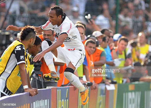 Liedson of Corinthians celebrates a goal during the match between Corinthians Figueirense and as part of round 37 of the Serie A Brazil in Orlando...