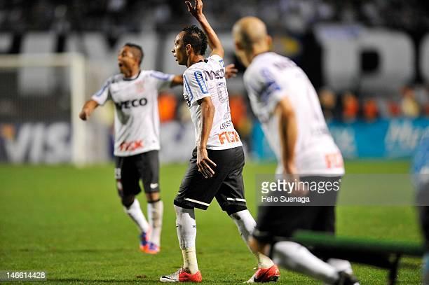 Liedson of Corinthians during a match between Corinthians and Santos as part of Santander Libertadores Cup 2012 semifinal at Pacaembu Stadium on June...