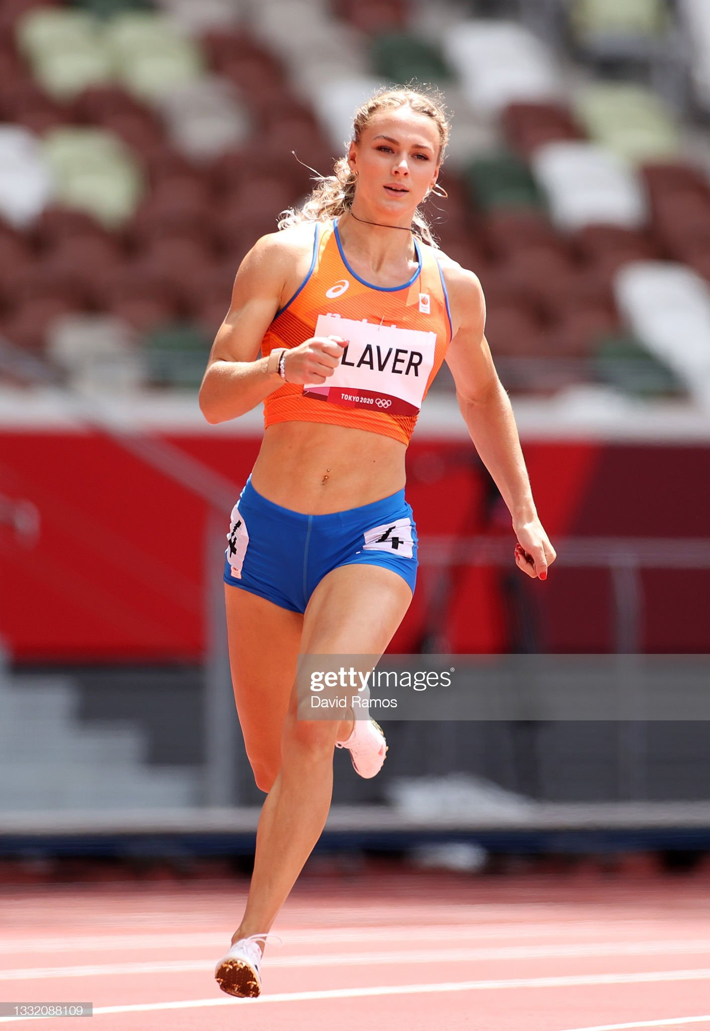 ¿Cuánto mide Lieke Klaver? - Altura - Real height Lieke-klaver-of-team-netherlands-competes-in-round-one-of-the-womens-picture-id1332088109?s=2048x2048