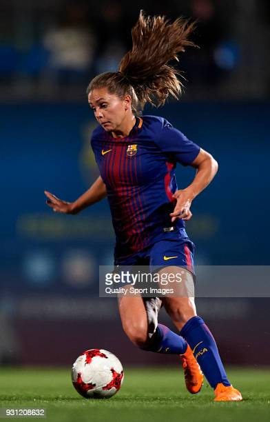 Lieke Martens of Barcelona runs with the ball during the Liga Femenina match between FC Barcelona Women and Atletico de Madrid Women at Ciutat...