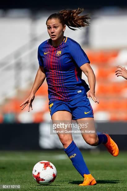 Lieke Martens of FC Barcelona runs with the ball during the Liga Femenina match between Valencia CF Women and FC Barcelona Women at Francisco...