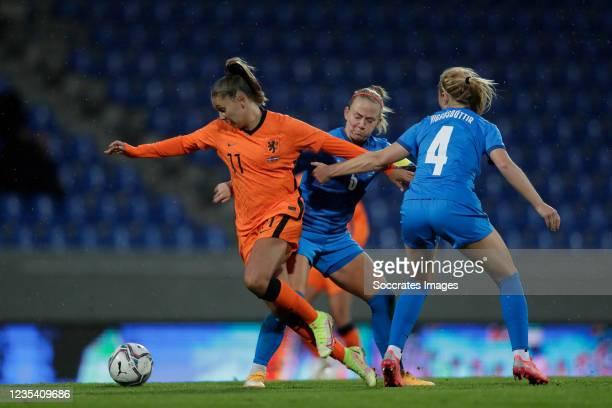 Lieke Martens of Holland Women, Gunnhildur Jonsdottir of Iceland Women, Glodis Viggosdottir of Iceland Women during the World Cup Qualifier Women...