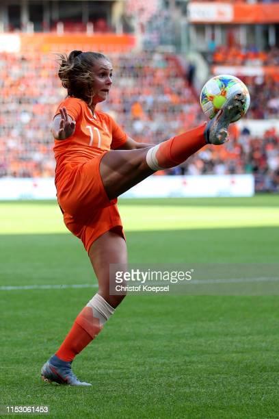 Lieke Martens of Netherlands controls the ball during the international friendly match beweteen Netherlands Women and Australia Women at Phillips...