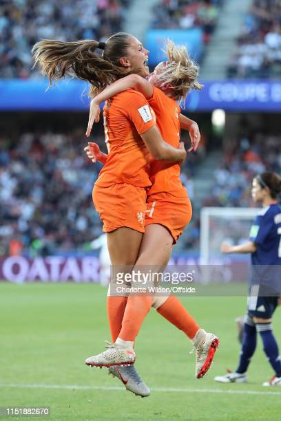 Lieke Martens of the Netherlands celebrates scoring the opening goal with Jackie Groenen during the 2019 FIFA Women's World Cup France Round Of 16...