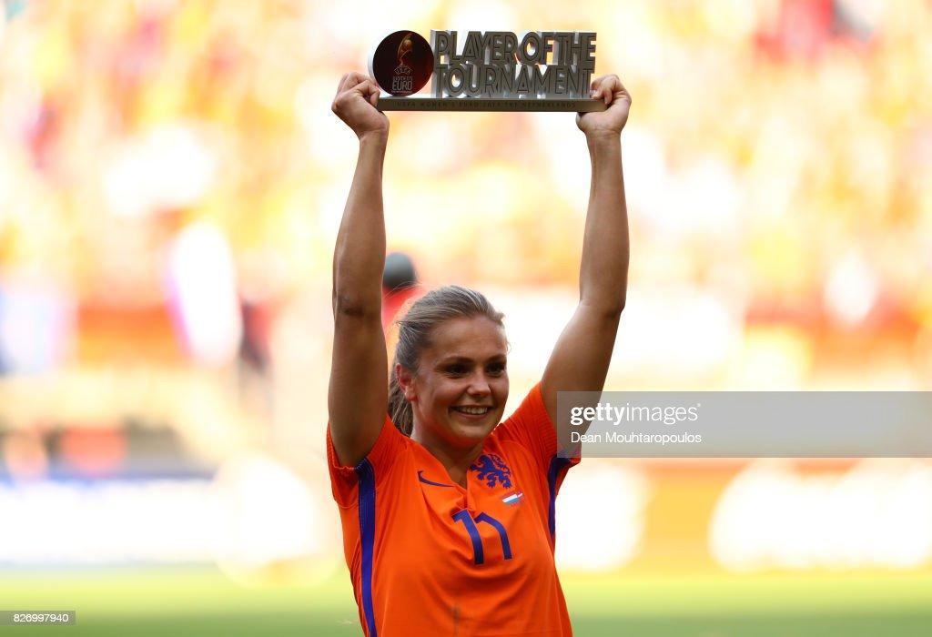 Netherlands v Denmark - UEFA Women's Euro 2017: Final : News Photo