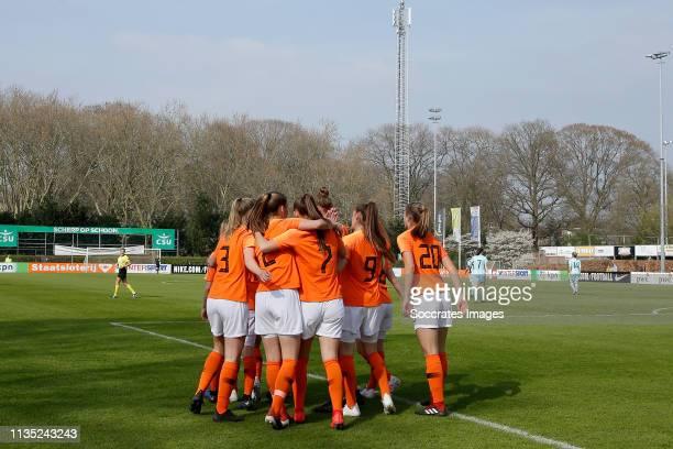 Lieske Carleer of Holland Women U19 Lynn Wilms of Holland Women U19 Romee Leuchter of Holland Women U19 Kirsten van de Westeringh of Holland Women...