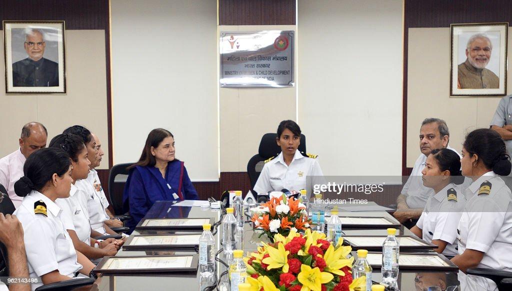 Women and Child Development Minister Maneka Sanjay Gandhi Presents Nari Shakti Puraskar To Crew Members Of INSV Tarini