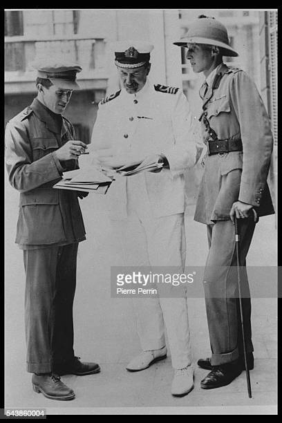 LieutenantColonel T E Lawrence DG Hogarth and LieutenantColonel Dawnay at the Arab Bureau of Britain's Foreign Office Cairo May 1918