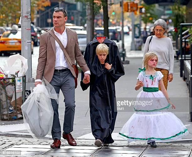 Liev Schreiber Naomi Watts Sons Sighting New York City ...