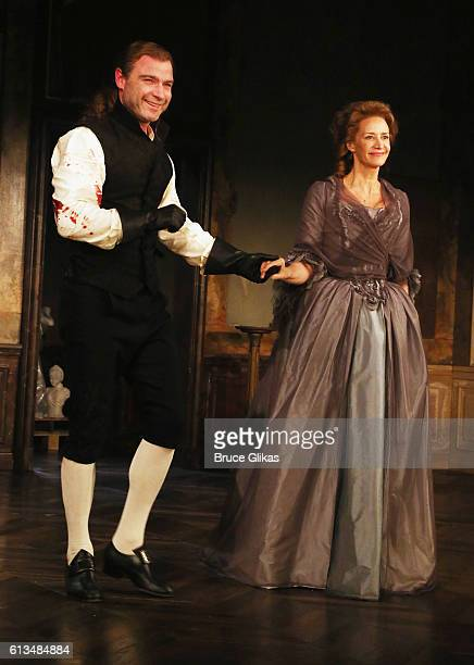Liev Schreiber as Le Vicomte de Valmont and Janet McTeer as La Marquise de Merteuill at the 1st preview curtain call for The Revival of Les Liaisons...