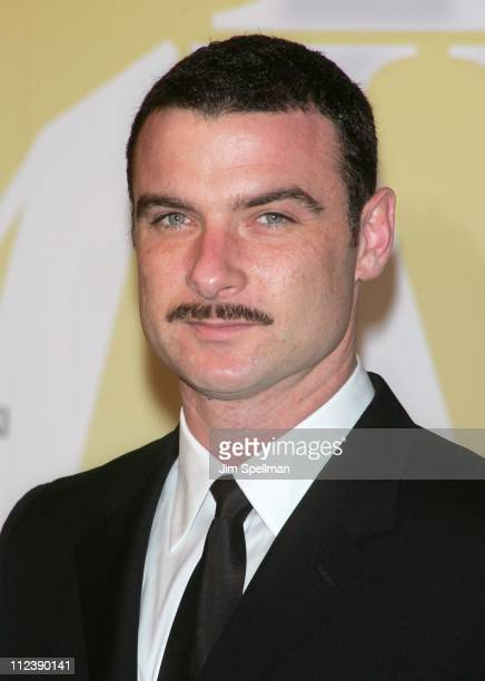Liev Schreiber during 2005 CFDA Fashion Awards Outside Arrivals at New York Public Library in New York City New York United States