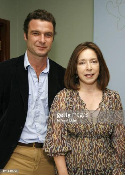 Liev Schreiber, Winner of Achievment in Cinema Award and SCAD President Paula Wallace.