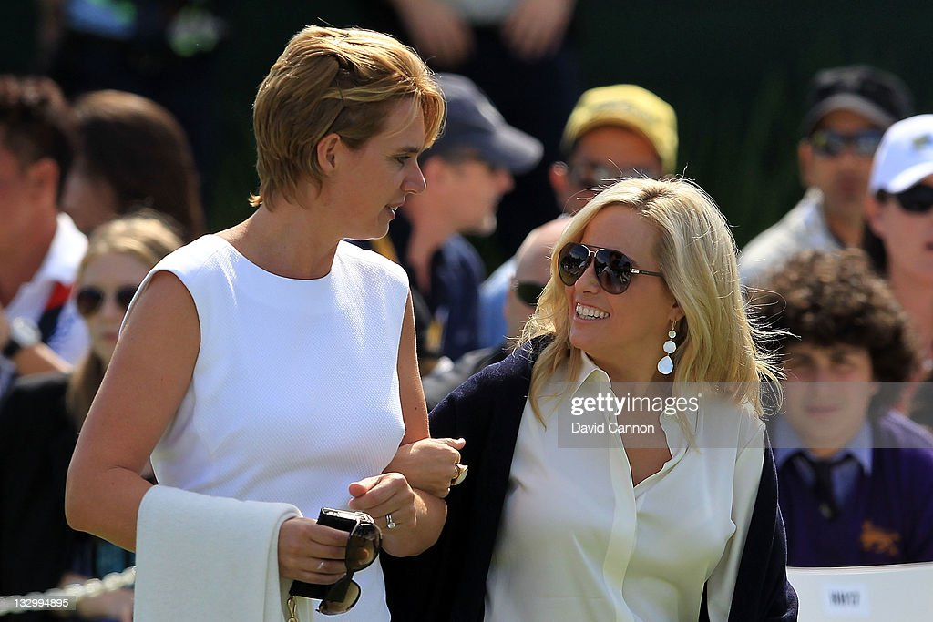 Liezl Els and Amy Mickelson arrive at the Opening Ceremony prior to the start of the 2011 Presidents Cup at Royal Melbourne Golf Course on November 16, 2011 in Melbourne, Australia.