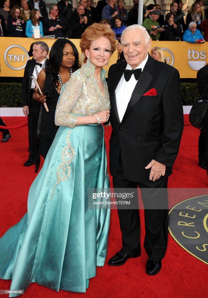 17th Annual Screen Actors Guild Awards - Arrivals : News Photo