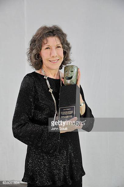 Life Achievment recipient Lily Tomlin attends The 23rd Annual Screen Actors Guild Awards at The Shrine Auditorium on January 29, 2017 in Los Angeles,...