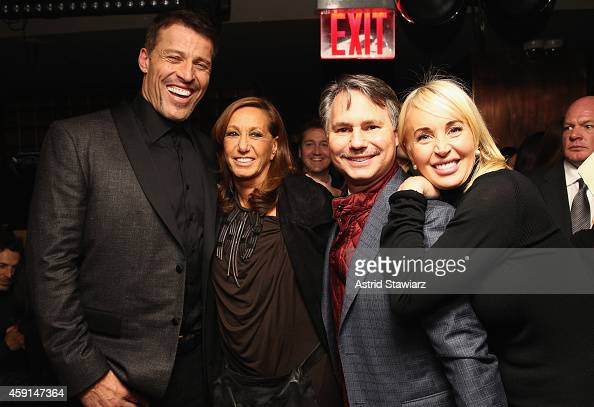 Life Coach Tony Robbins Fashion Designer Donna Karan Founder Of News Photo Getty Images