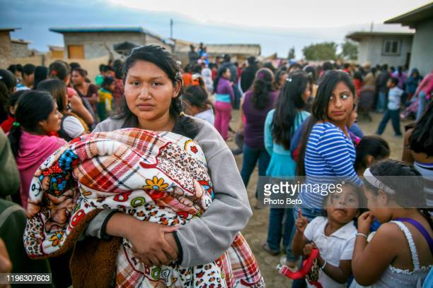 life condition of seasonal farm worker family in baja california mexico - migrant worker stock pictures, royalty-free photos & images