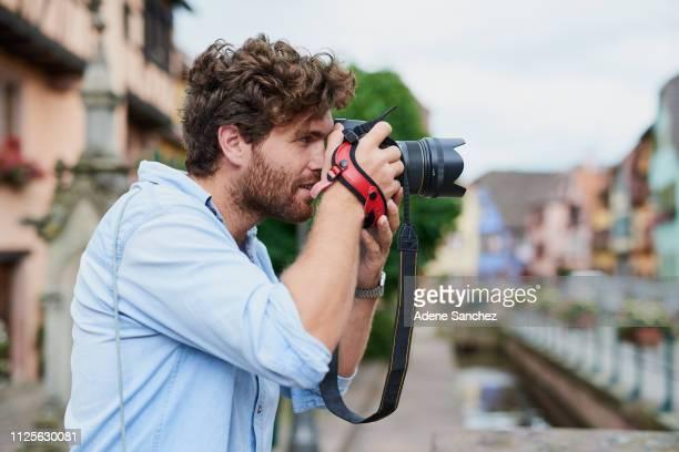 das leben ist voller gelegenheiten für fotos - fotograf stock-fotos und bilder