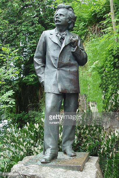 life size stature of composer edvard grieg - life size stock pictures, royalty-free photos & images