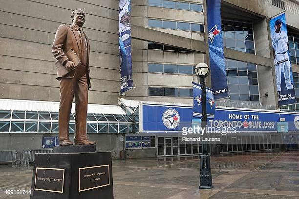 A life sized bronze statue of Ted Rogers stands on the corner near gate 5 of the Rogers Centre Part of the 'Countdown to the home opener' series Why...