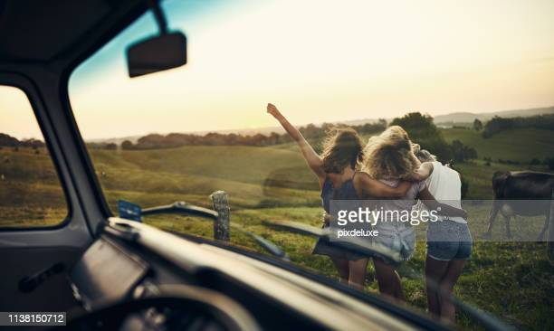 life with good friends is a life filled with adventures - free without watermark stock pictures, royalty-free photos & images