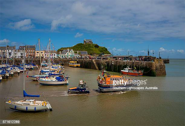 lifeboat launch - ilfracombe stock photos and pictures