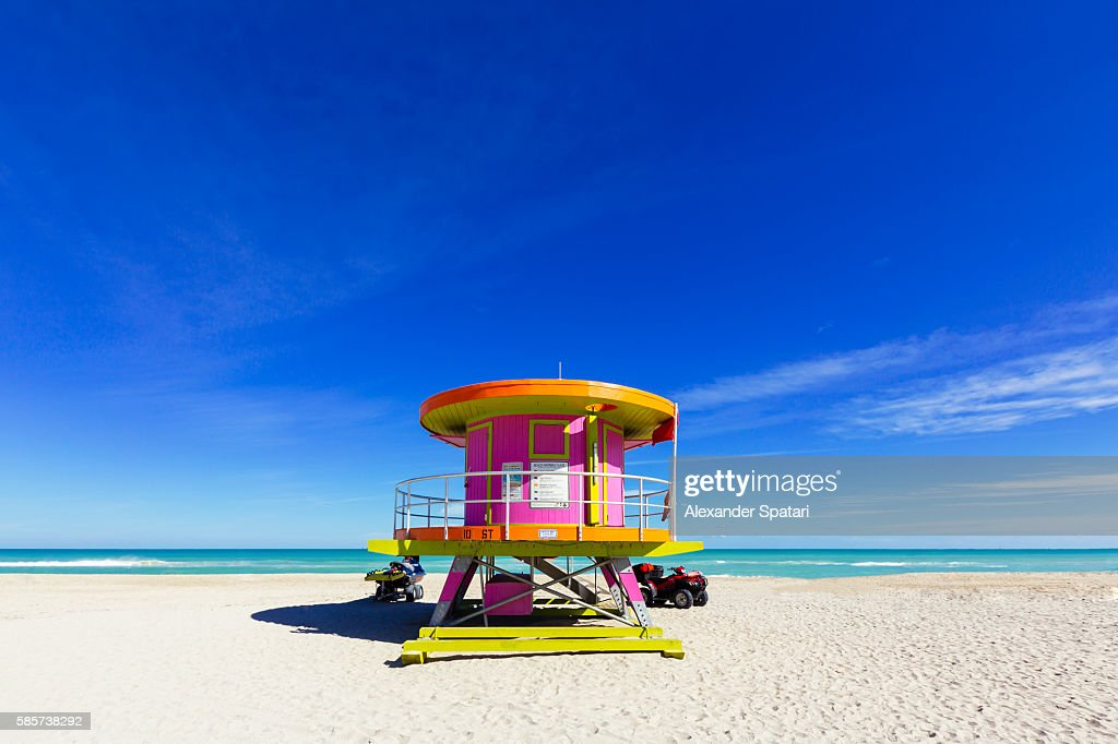 Lifeguard tower on a sunny day at empty South Beach, Miami, Florida, USA : Stock Photo