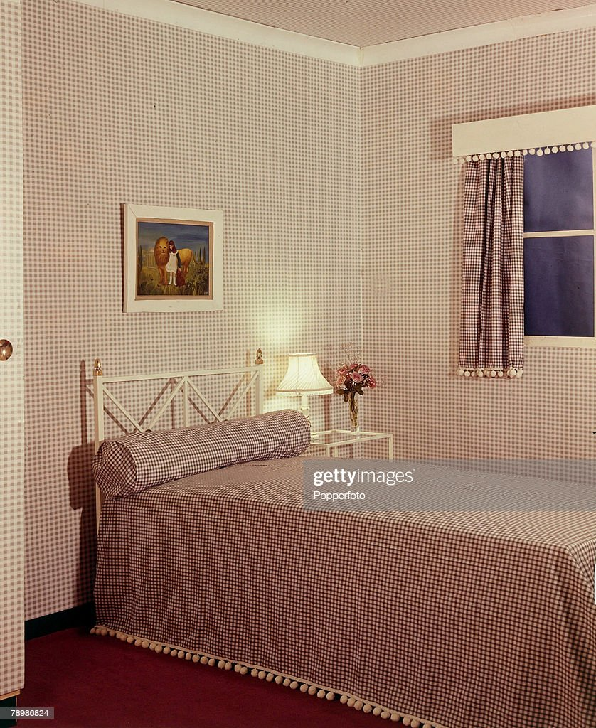 1959, A bedroom from the 1950's with everything matching in red and white
