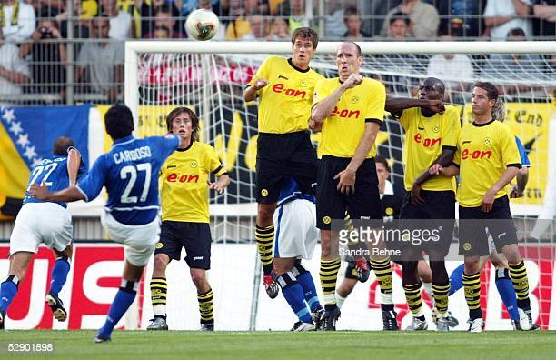 Liga Pokal 2003 Finale Mainz Borussia Dortmund Hamburger SV Freistoss Tor zum 02 durch Rodolfo CARDOSO/HSV