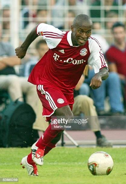 Liga Pokal 2003 Jena FC Bayern Muenchen Hamburger SV 47 nE Ze ROBERTO/Bayern