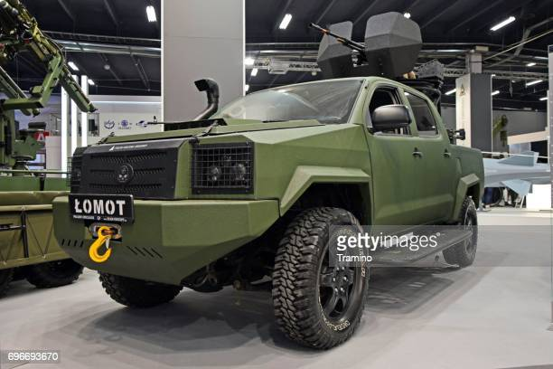 light 4x4 patrol vehicle designed for special forces - armored vehicle stock pictures, royalty-free photos & images