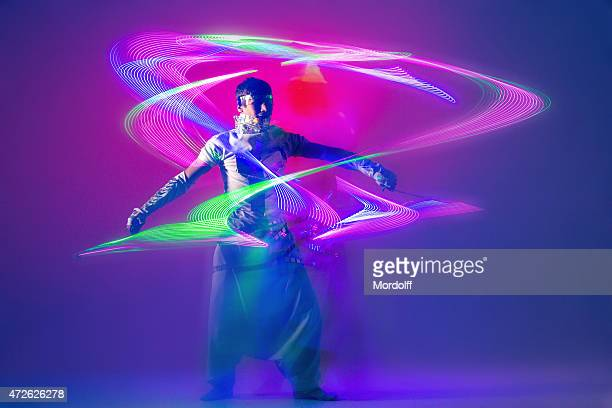 light actor performing - performing arts event stock pictures, royalty-free photos & images