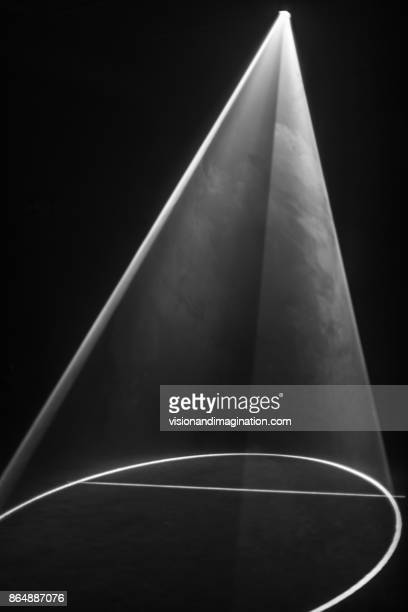 light beam - spotlit stock pictures, royalty-free photos & images