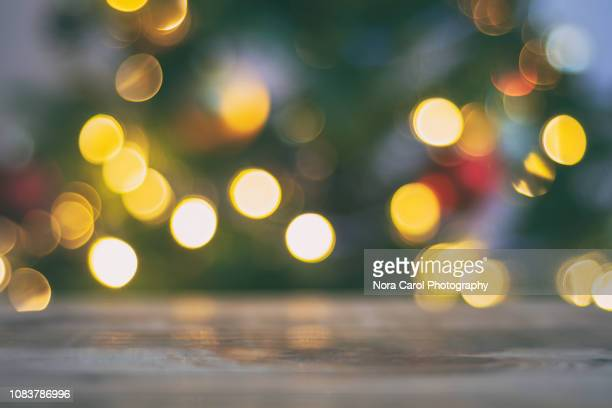 light bokeh background - weihnachten hintergrund stock-fotos und bilder