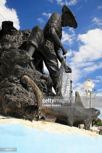 light house, statue, isla mujeres- yucatan, mexico - mujeres fotos stockfoto's en -beelden