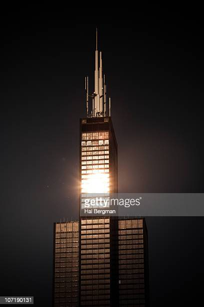light reflections on willis tower - willis tower stock photos and pictures
