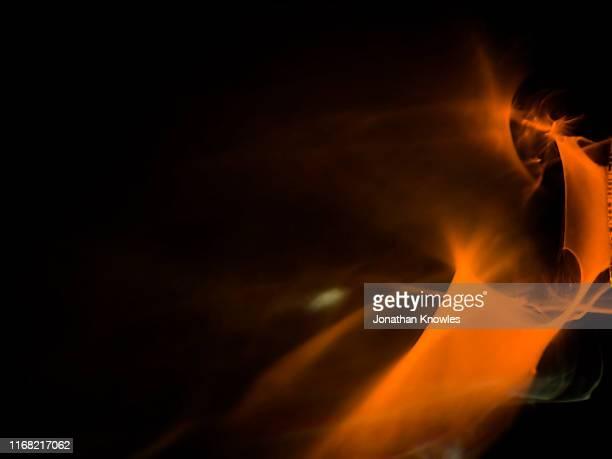 light through brandy - cognac - fotografias e filmes do acervo